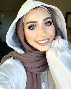 Find Out Why Men Cannot Resist The Lovely Arab Brides