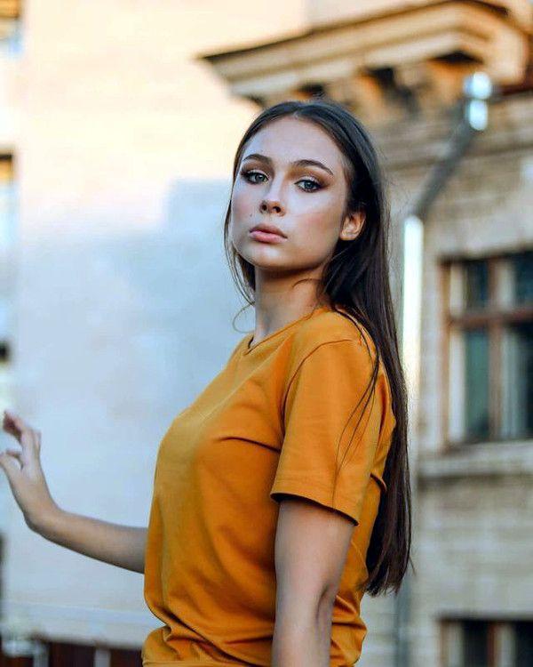 moldovan wife
